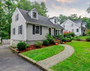 633 Pearl St, Reading image