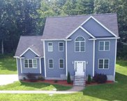 81 Field Pond Rd, Milford image