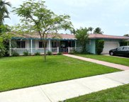 7411 Sabal Dr, Miami Lakes image
