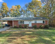 428  Wedgewood Drive, Mooresville image