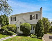 16 Deerfield  Avenue, Eastchester image
