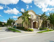 9401 Sw 172nd Ave, Kendall image