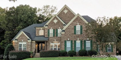1210 Crooked River  Drive, Waxhaw