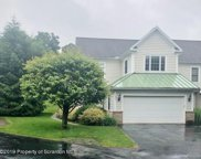 801 Ohenry Close, Moosic image