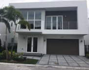 9760 Nw 74th Ter, Doral image