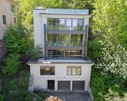 511 33rd Ave S, Seattle image