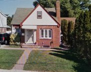 31 Spencer Pl, Hempstead image