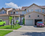 7 Pinebrook Cres, Whitby image