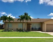 1121 Nw 96th Ter, Pembroke Pines image