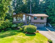 10908 NE Bill Point Ct, Bainbridge Island image
