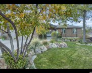 2404 E Summer Oak Cir, Sandy image