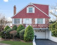 215 Clunie  Avenue, Yonkers image