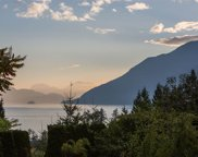 654 Lower Crescent, Squamish image
