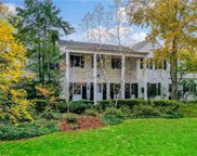 450 Fort Hill Road, Scarsdale image