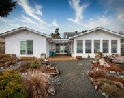 3783 Stokes  Pl, Campbell River image