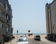 20     Ironsides Street   16, Venice image