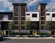 2317     Oakwood Avenue, Venice image