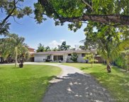 10725 Sw 74th Ave, Pinecrest image