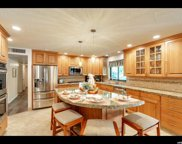 7963 S Willowcrest Rd, Cottonwood Heights image