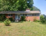 134 N Seneca Rd, Oak Ridge image