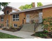 1537 N Arlington Heights Road Unit #B, Arlington Heights image