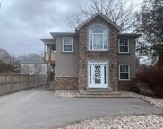 605 S Brock St, Whitby image