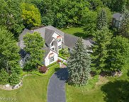 1970 Oak Pointe Dr, Rochester Hills image