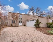 1553 Huntington View  Drive, Manchester image