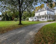 250 Fort Hill  Road, Scarsdale image