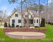 220 Bay Crossing  Drive, Mooresville image