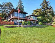 18710 53rd Ave NE, Lake Forest Park image