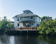 2736 Gulfview Drive 2736 Gulfview Drive Dr, Naples image
