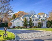 9 Rolling Meadow Ln, Northport image