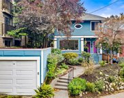 907 Belmont Ave E, Seattle image