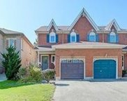 39 Widdifield Ave, Newmarket image