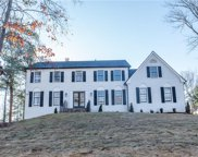4223 Glen Meadow Drive, Peachtree Corners image