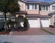 5654 Nw 112th Pl, Doral image