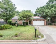 643 Heather Wood Drive, Grapevine image