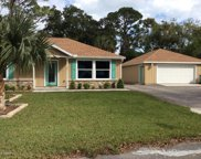 827 Hibiscus Avenue, Holly Hill image