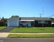 71 Incurve Rd, Levittown image