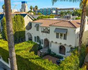 748 S Cloverdale Ave, Los Angeles image