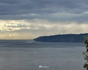 15 J Everett Way, Hat Island image