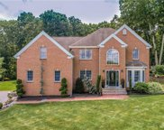 19 Red Brook  Crossing, Lincoln image
