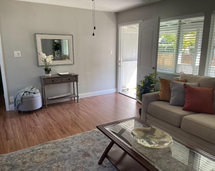 392 Martens Ave, Mountain View