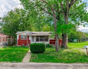 304 Campbell Street, Terrell image