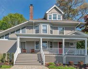 84 Holland  Place, Hartsdale image
