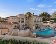 1142     CALLE VISTA Drive, Beverly Hills image