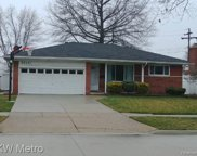 33431 Groth Dr, Sterling Heights image