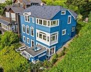 907 E Howe Street, Seattle image