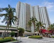 701 Brickell Key Blvd Unit #PH-08, Miami image